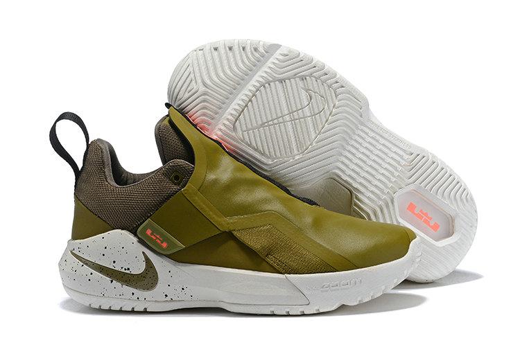 Nike LeBron Ambassador 11 Sneaker for Sale